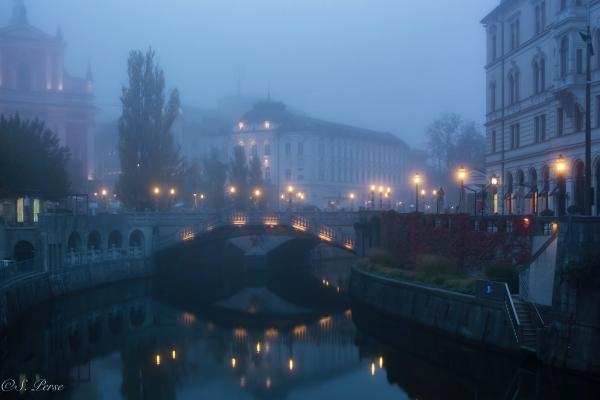 This image has an empty alt attribute; its file name is ljubljana-101417-8894-d2-watermark-1.jpg-1.jpg